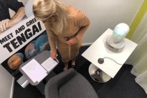 Världens första anställningsintervju med fysisk AI-robot genomförd 2