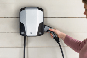M Sverige erbjuder elbilsladdning till sina 90 000 medlemmar 3