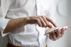 Fujitsu och Telenor inleder samarbete inom mobila lösningar för tillverkningsindustrin – första installationen genomförd 3