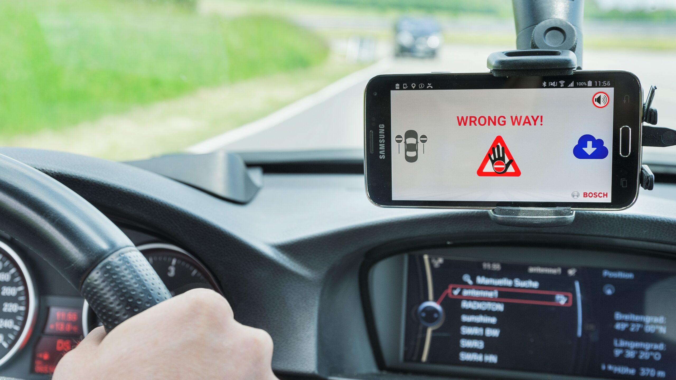 Bosch hindrar spökförare – nytt varningssystem implementeras i Skodas bilar