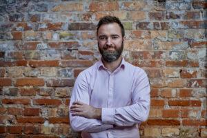 Paradoxen: Hackarattacker mot IT- och säkerhetsföretag gynnar svenska små och medelstora företag