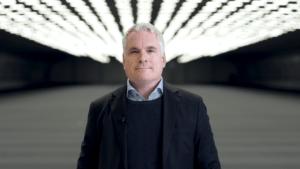 Nu öppnas världens längsta inomhusbana för test av självkörande fordon