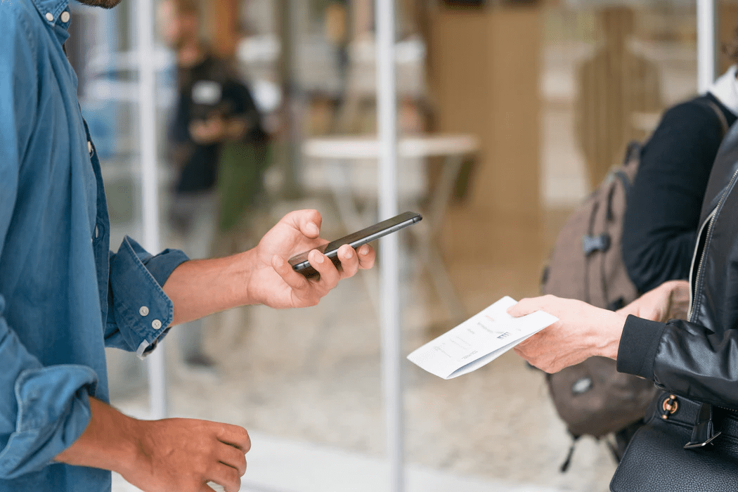 En helt vanlig mobilapp blev plötsligt farlig – det är vanligare än du tror