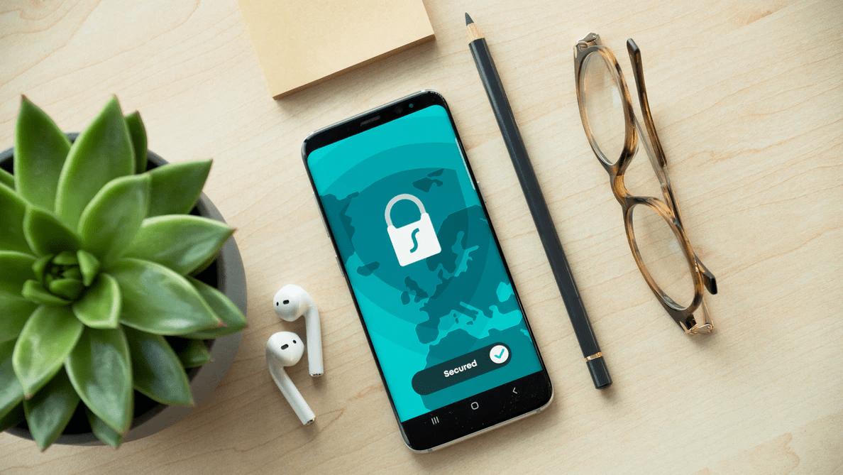 Hälften av svenskarna glömmer lösenord inom tre månader