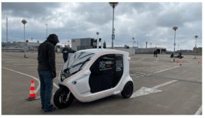 Test med självkörande fordon och fotgängare på Nordstans tak