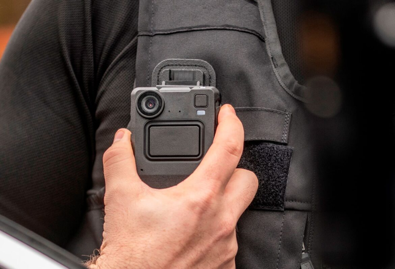 SJ utrustar tågpersonalen med kroppskameror från Motorola