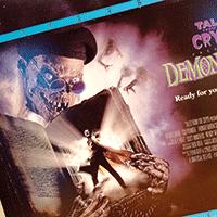 Fantastiskt omslag på spelfilmen Tales of the crypt: Demon knight.